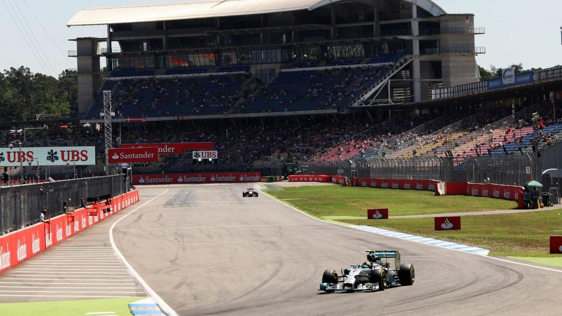Empty track leaves F1 at 'five minutes to 12' - Lauda