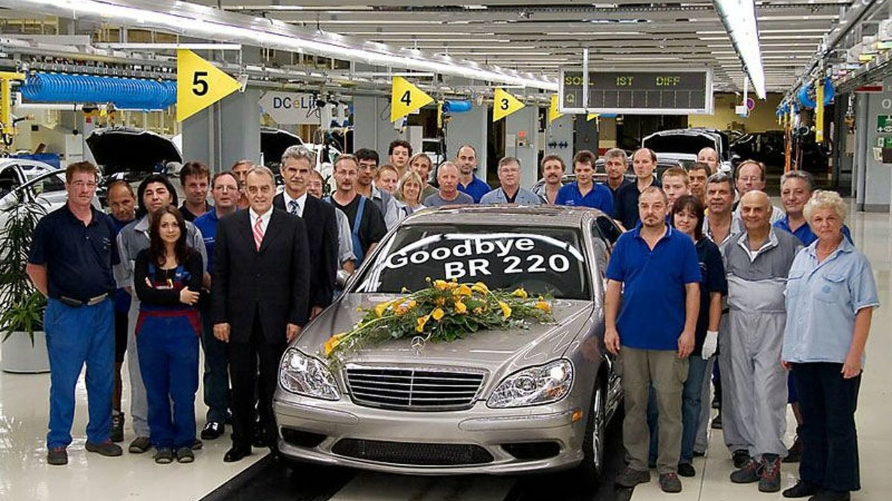 MB S-Class W220 Production Line