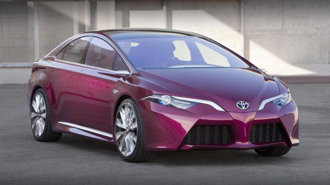 Toyota NS4 advanced plug-in hybrid concept 10.01.2012