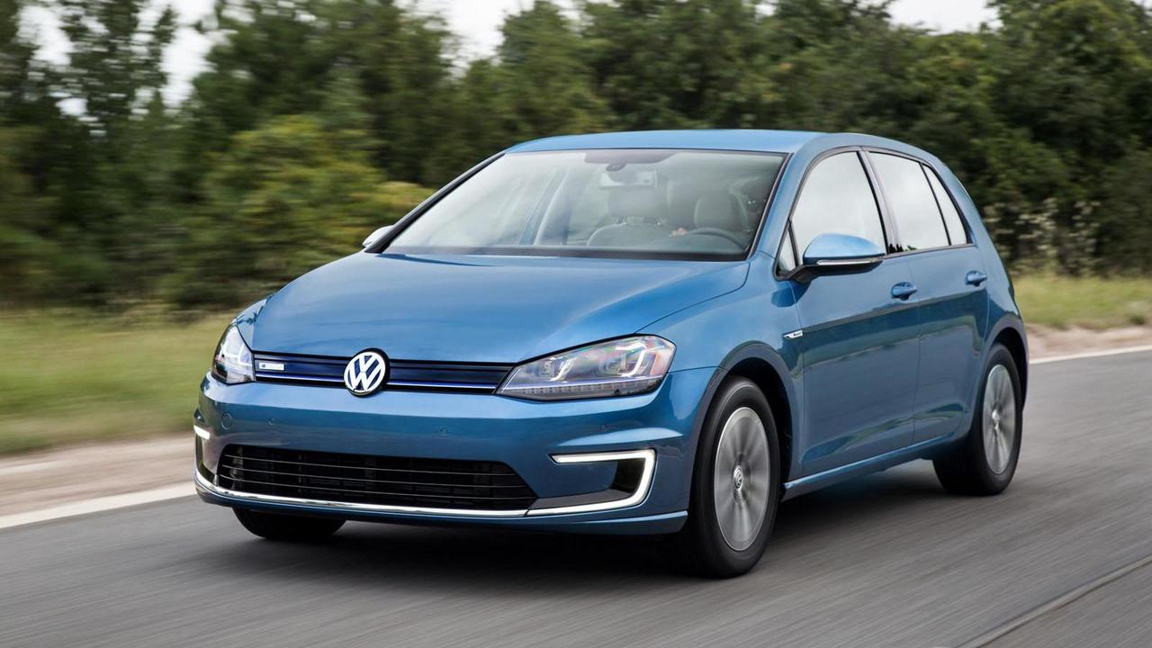 2015 Volkswagen e-Golf (US-spec)