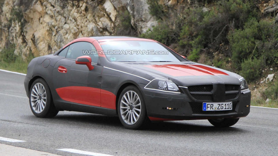 2012 Mercedes Benz SLK latest black tape spy photos