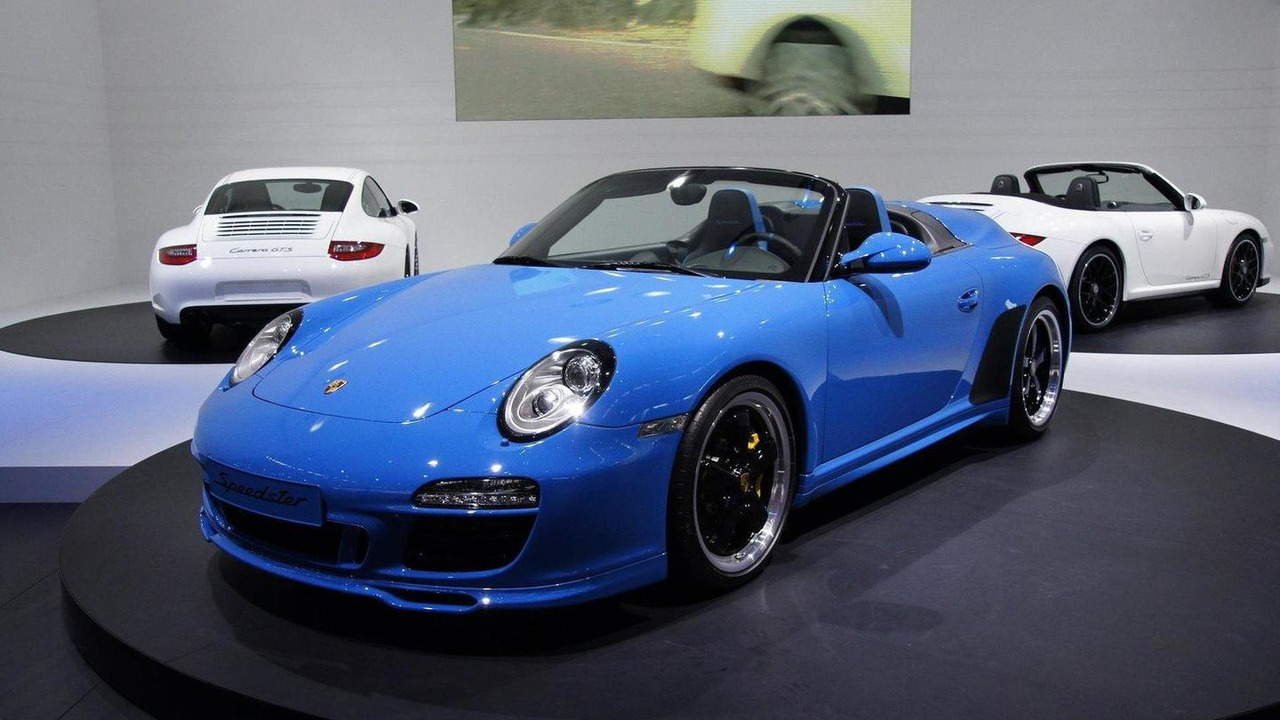 Porsche 911 Speedster live in Paris 01.10.2010
