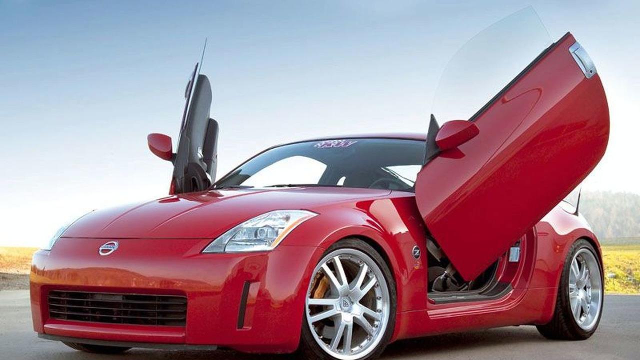 Nissan 350Z with wing doors by LSD Doors