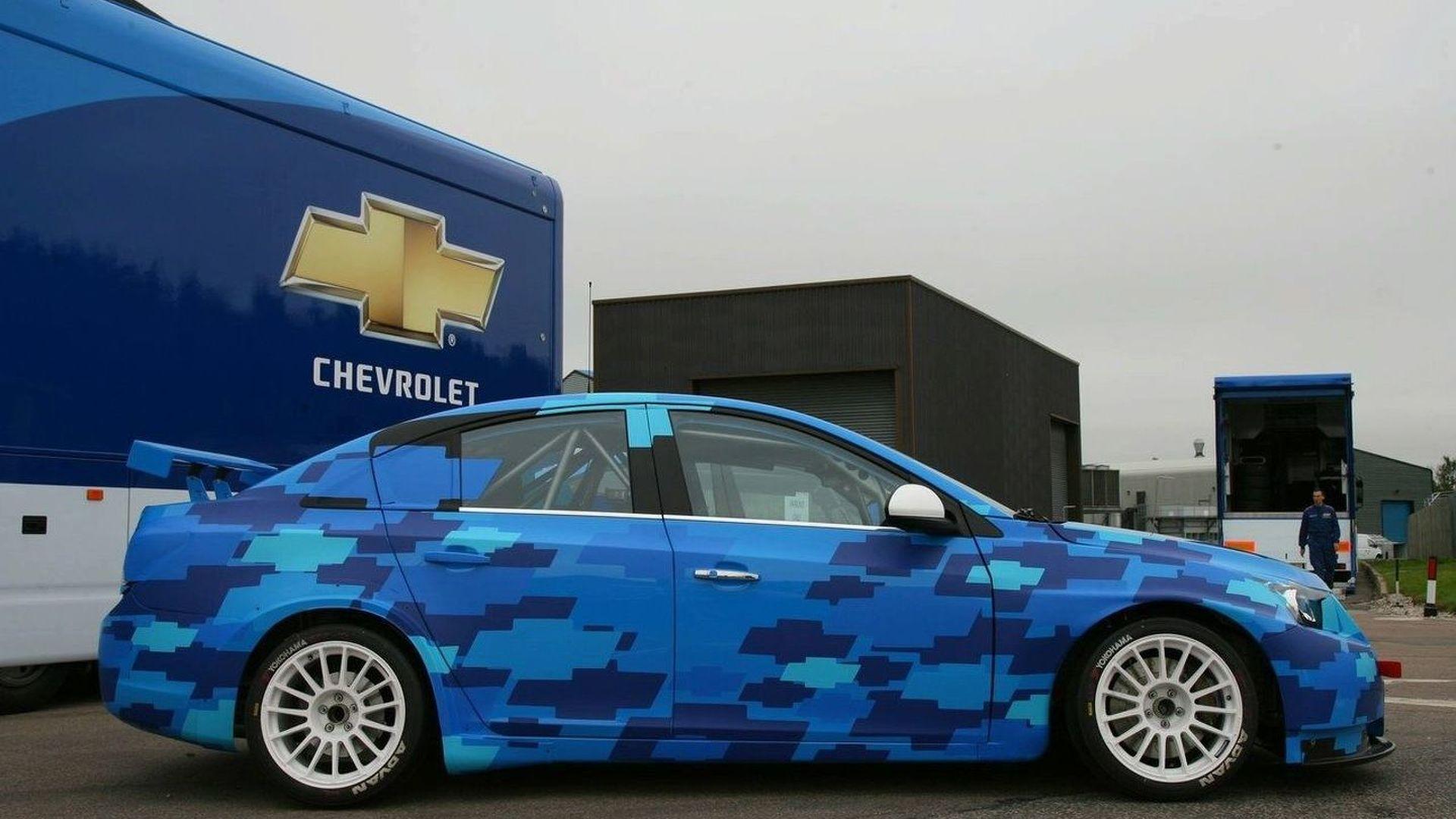 Chevrolet Presents the Cruze for 2009 WTCC