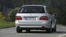 Mercedes E 350 Gets CGI & E 300 BLUETEC Now for Europe