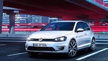 Volkswagen Golf GTE plug-in hybrid announced, returns 157 mpg UK