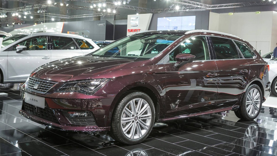 2017 VW Golf, Skoda Octavia, SEAT Leon make auto show debut in Vienna