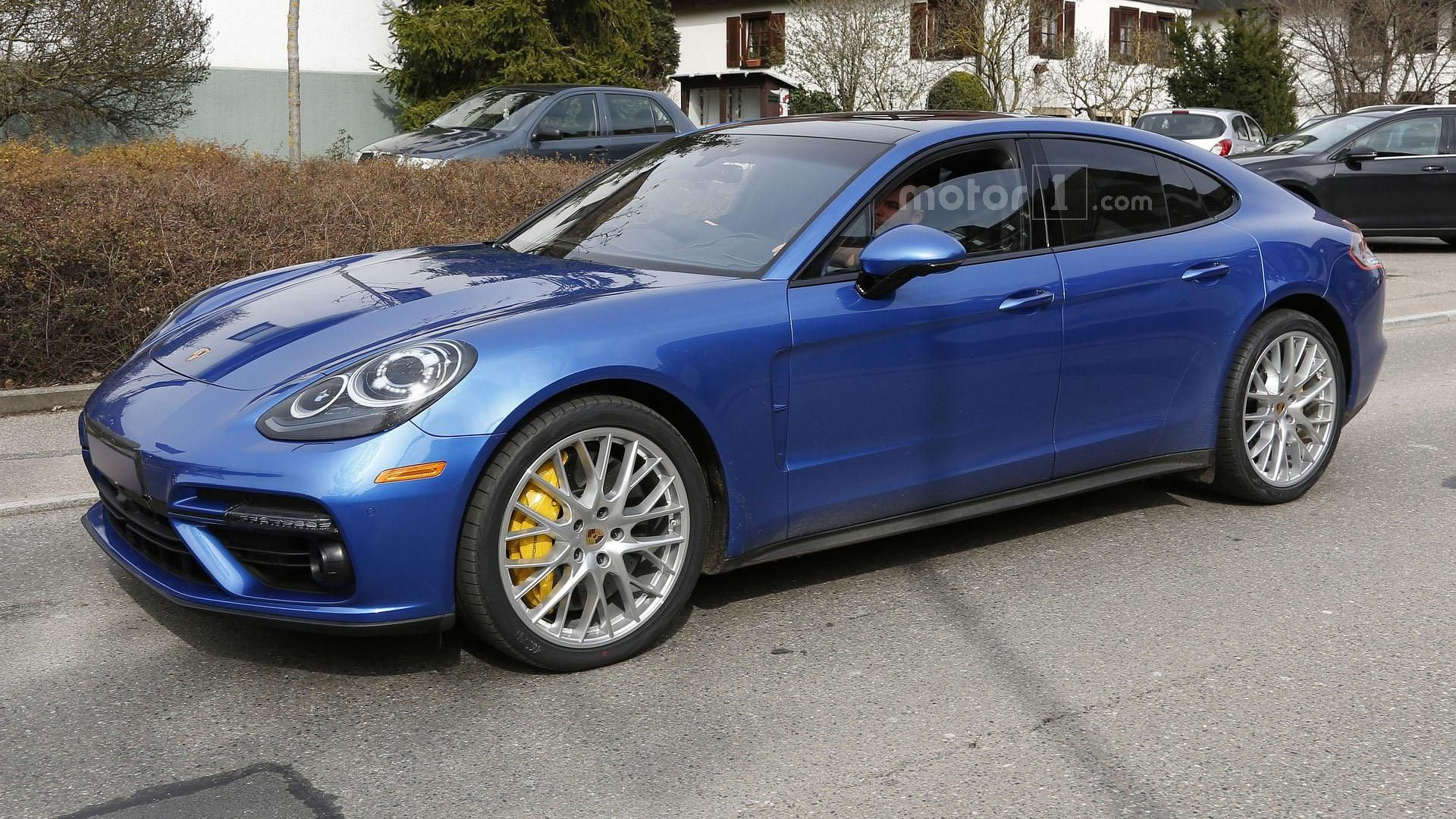 2017 Porsche Panamera Turbo spied alongside the standard model ...
