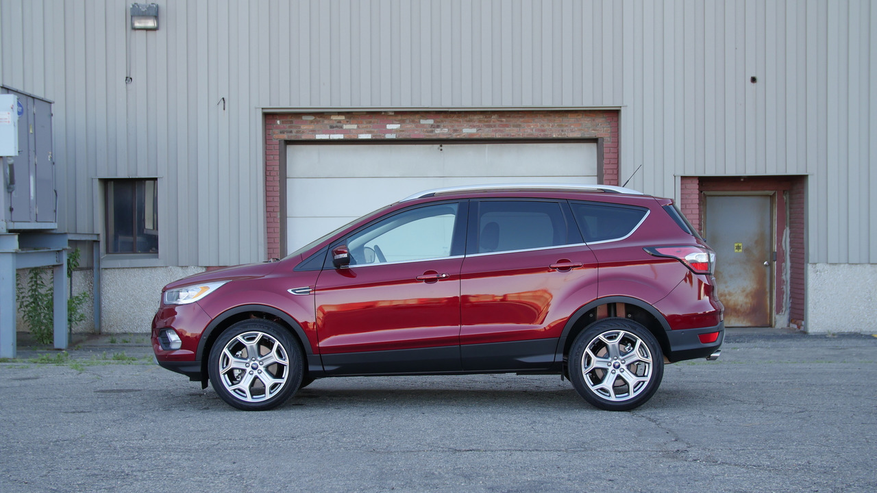 2017 Ford Escape   Why Buy? Headliner