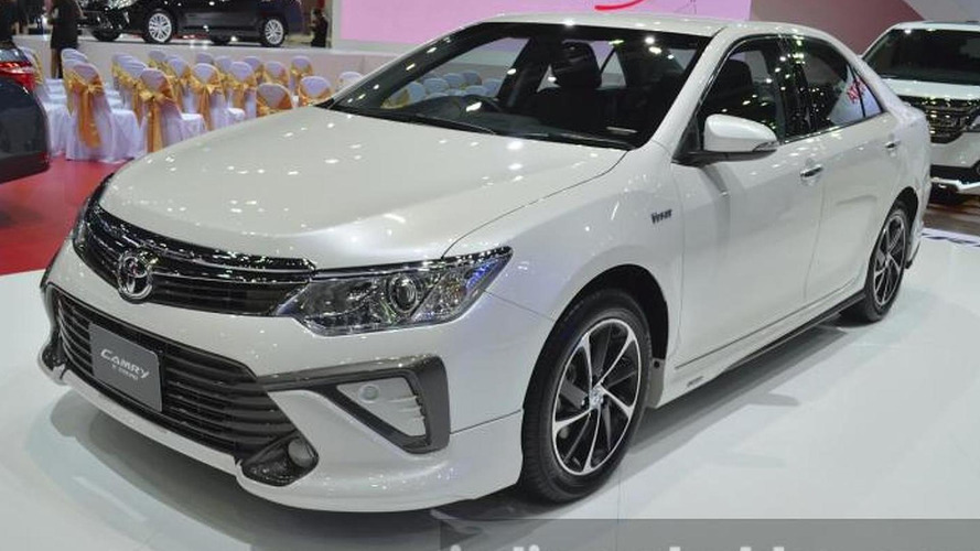 2015 Toyota Camry Extremo isn't really at all extreme