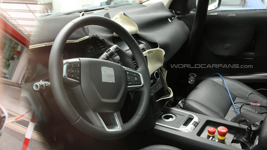 2015 Land Rover Discovery Sport interior partially revealed in latest spy shots