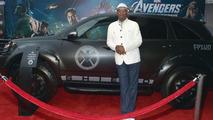 Samuel L. Jackson With S.H.I.E.L.D. Acura MDX 13.4.2012