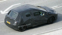 SPY PHOTOS: Peugeot 308