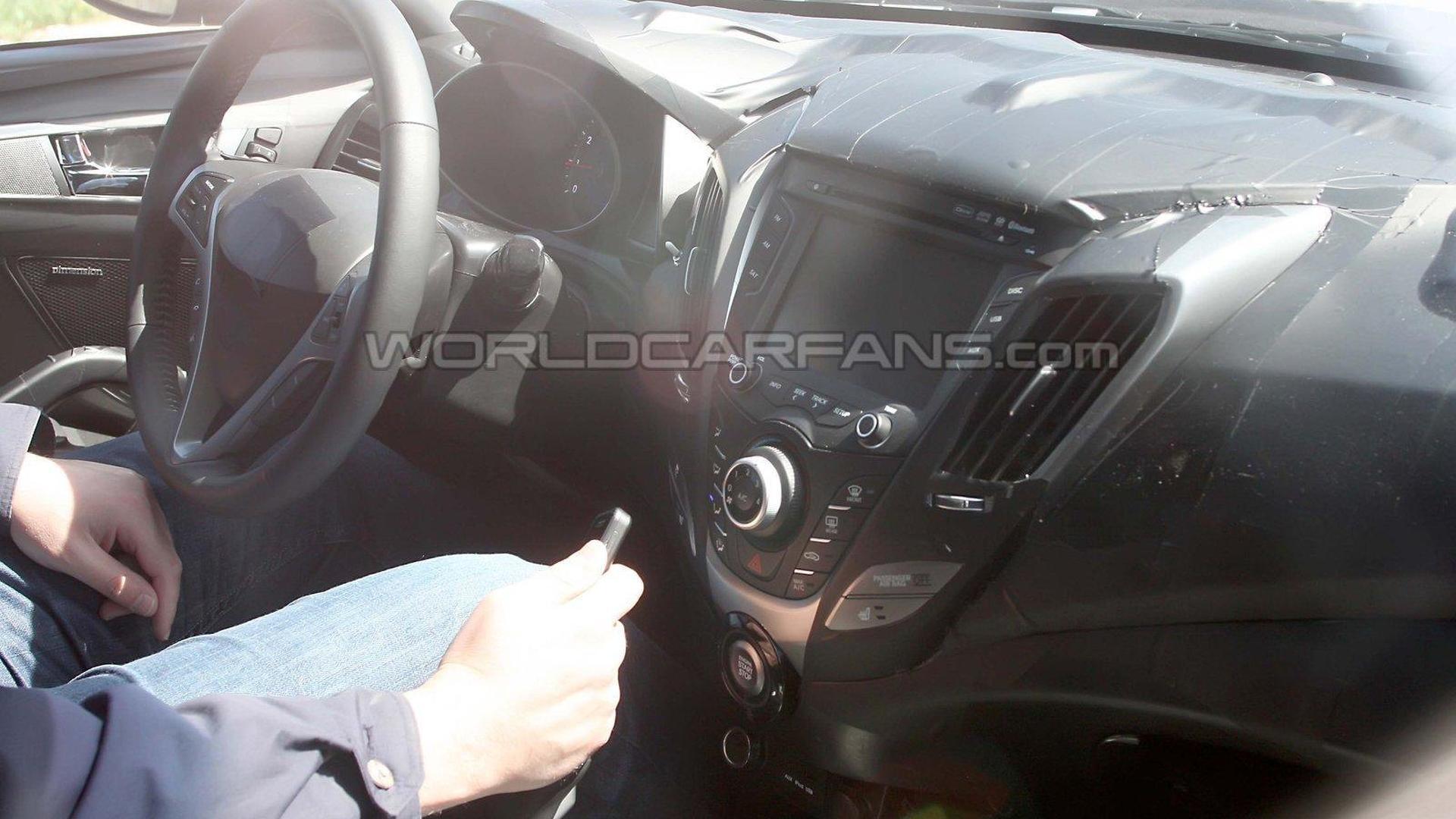 2012 Hyundai Veloster latest spy photos - first interior shot