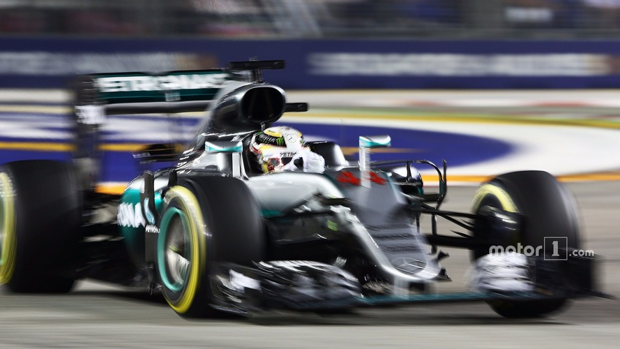 Opinion: The momentum myth means Hamilton is far from done