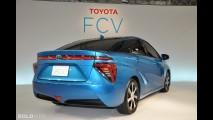 Toyota FCV Sedan