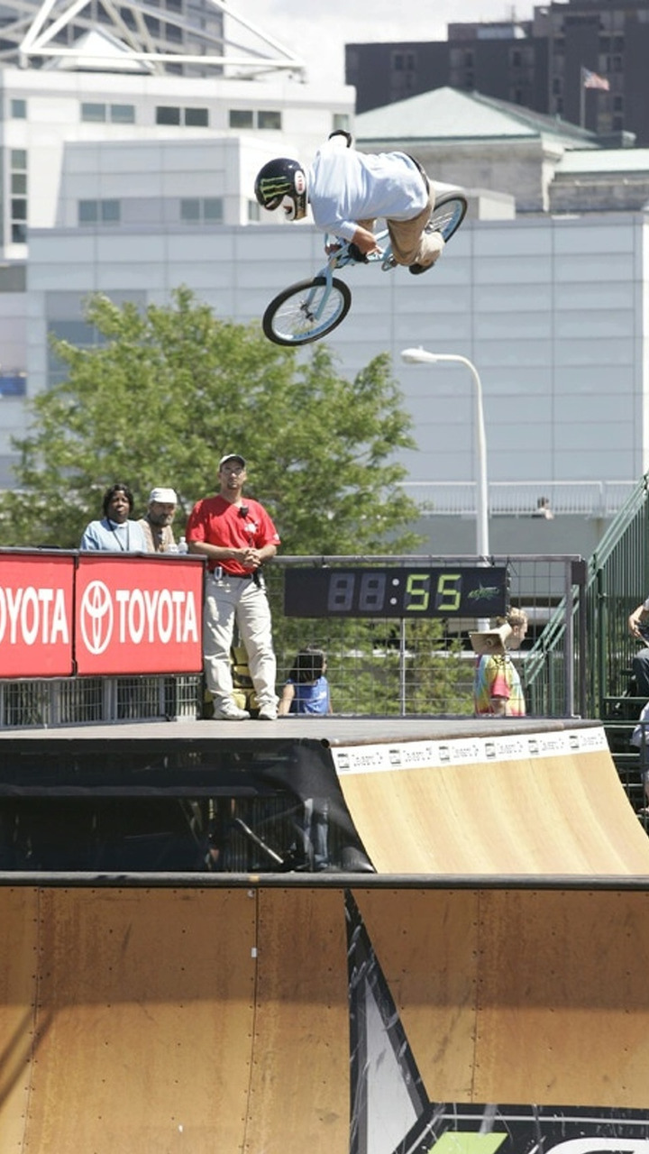 Dave Mirra big air