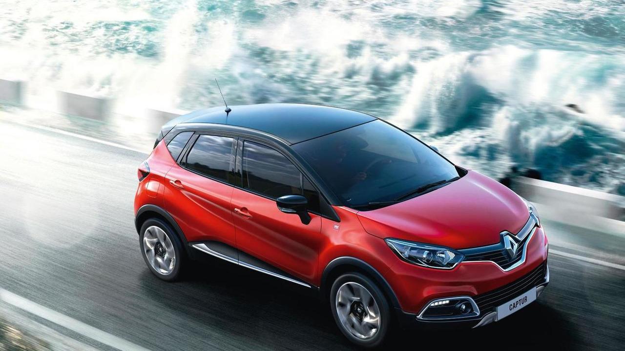 Renault Captur Signature (UK-spec)