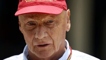 Mercedes wants rivals to win races in 2014 - Lauda