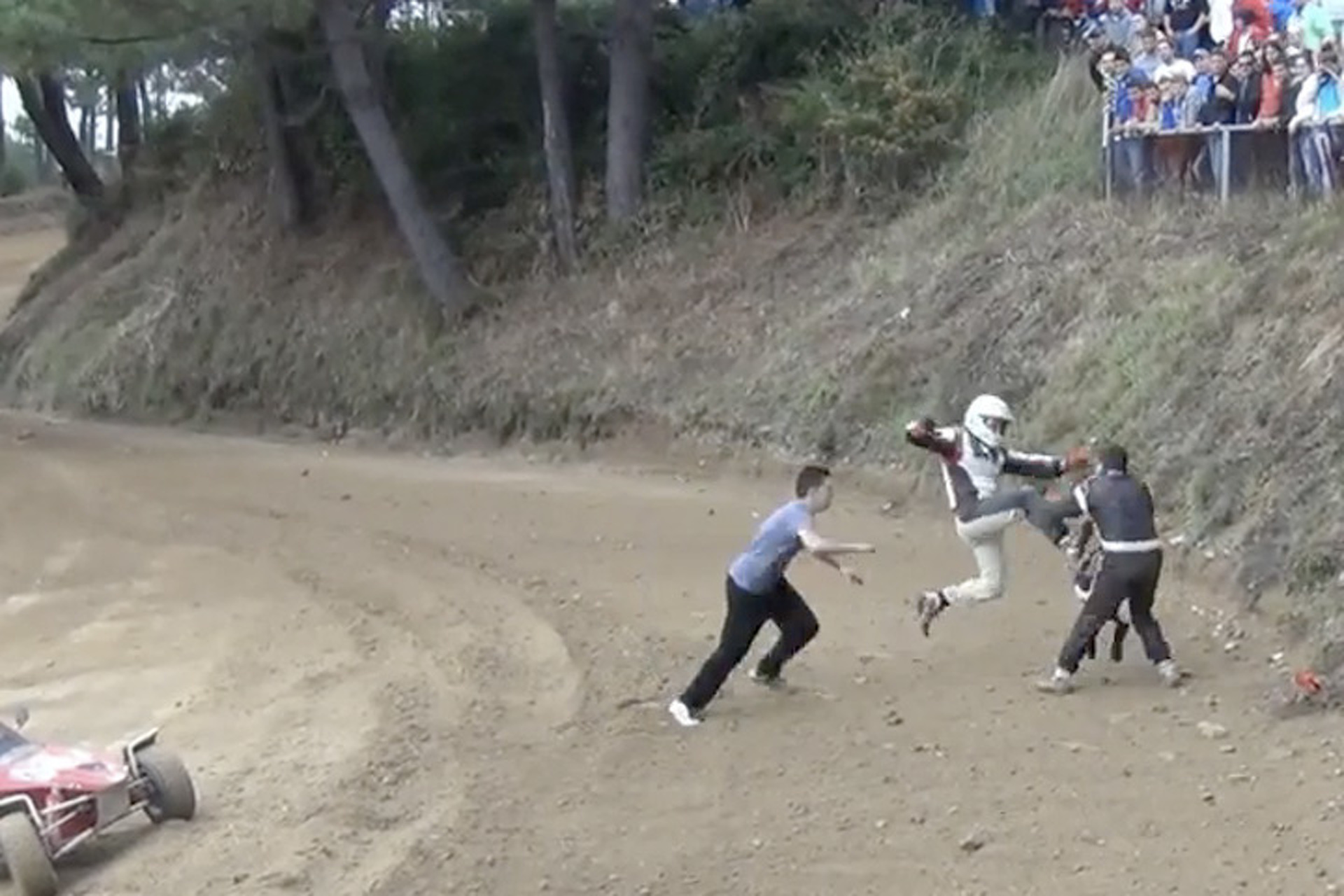 Autocross Event Turns into Slap Fight in Spain