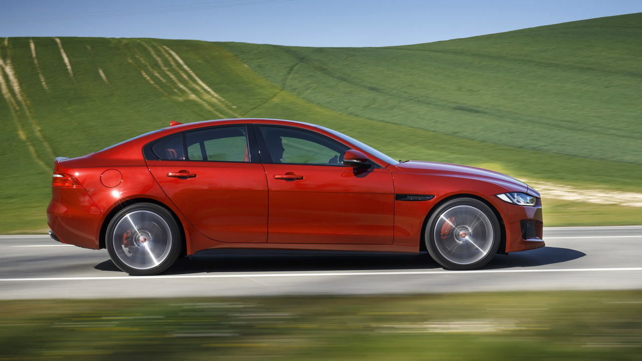 jaguar could build a 500 hp xe svr. Black Bedroom Furniture Sets. Home Design Ideas