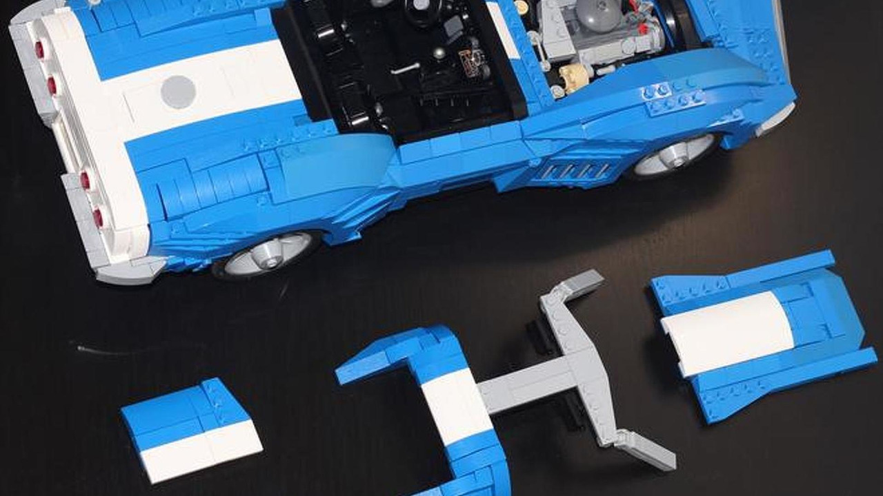 1969 Corvette made from Legos