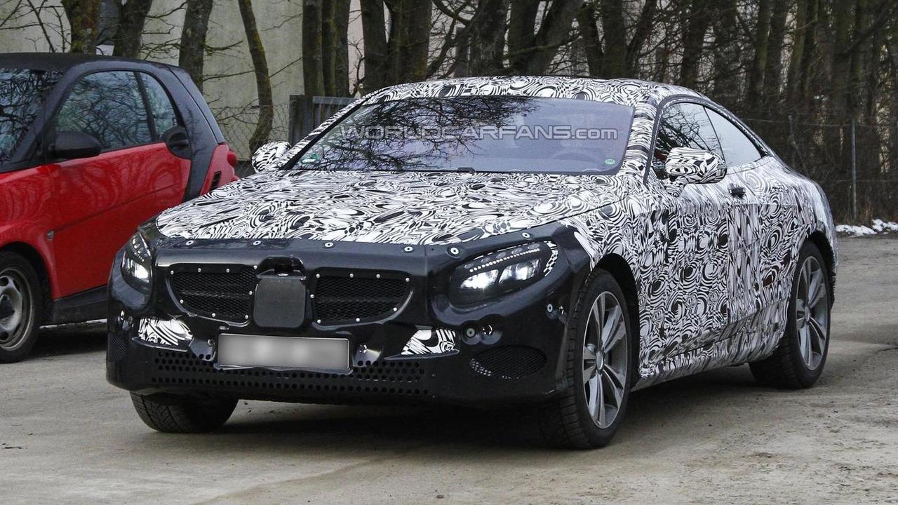 Mercedes-Benz S-Class Coupe spy photo  / Automedia