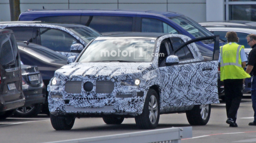 2018 Mercedes GLE spied, promises to be lighter & more efficient