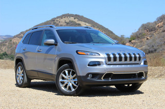Jeep Cherokee Delayed Over 9-Speed Transmission Issues?