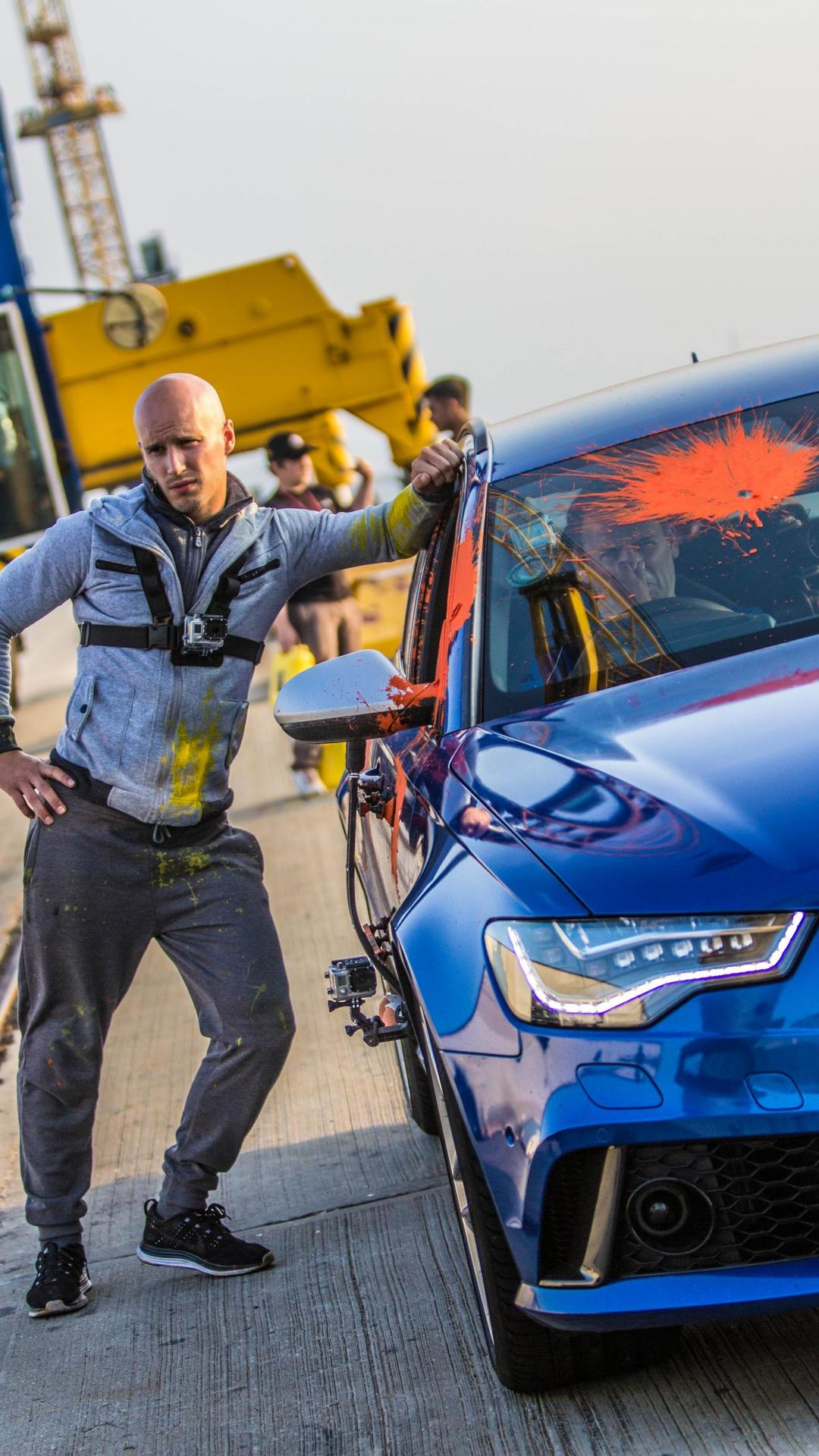 Ex-Stig Ben Collins in an Audi RS 6 battles parkour ace in paint-ball fight [videos]