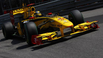 Renault F-duct to be tested 'soon' - boss