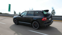 TechArt Secures New Speed Record with 321 km/h Porsche Cayenne Turbo