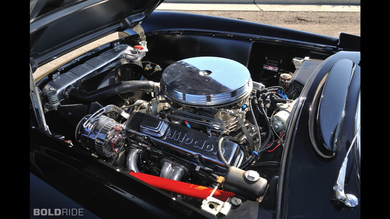 Chevrolet Corvette Resto Mod