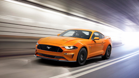 2018 Ford Mustang, yeni motorlar ve yeni tasarımla geldi