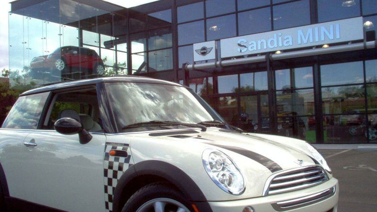 MINI Reaches 150,000 Sales Milestone (USA)