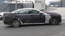 2017 Hyundai Genesis facelift spy photo