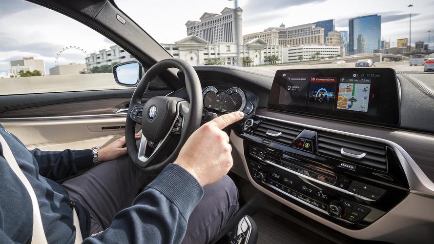 BMW, Intel, Mobileye pledge self-driving fleet by end 2017