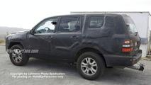 SPY PHOTOS: New Toyota Landcruiser / Lexus LX 470