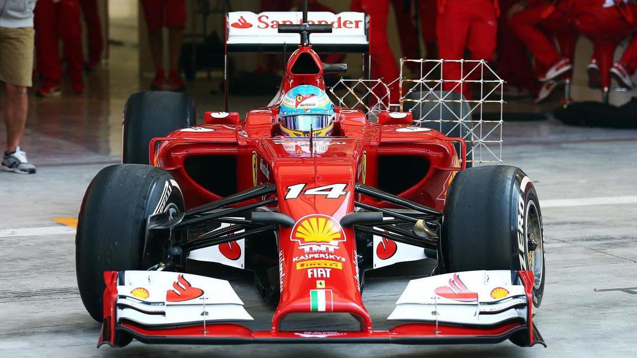 Fernando Alonso leaves the pits 19.02.2014 Formula One Testing Bahrain
