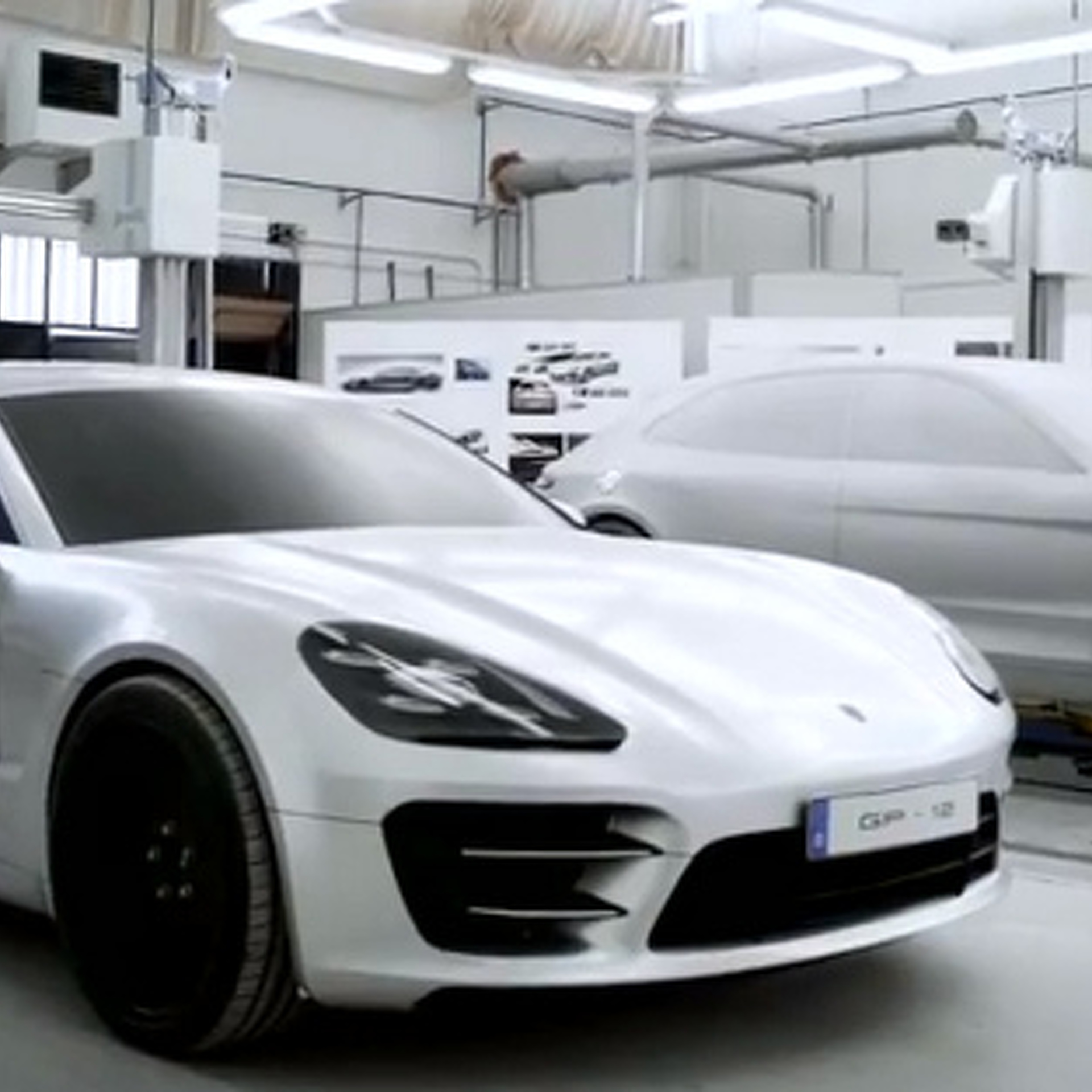 Under Further Review, the Porsche Panamera Sport Turismo Concept Is Epic