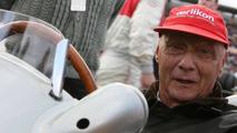 Lauda denies predicting Ferrari 'pasting'