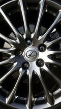 Lexus outsells Mercedes in U.S. luxury market; BMW sales decline