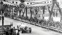 Historic victory: Rudolf Caracciola wins the Mille Miglia