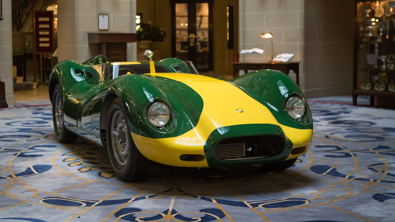 Sir Stirling Moss Endorses Jaguar Knobbly Continuation Edition