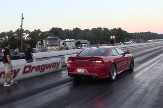 Watch the World's Fastest Dodge Charger Hellcat Destroy the Quarter Mile