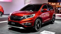 2015 Honda CR-V facelift prototype at 2014 Paris Motor Show