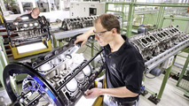 Mercedes-Benz and Renault swapping power plants