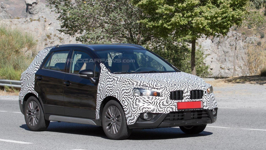Facelifted Suzuki SX4 S-Cross spied in action [video]