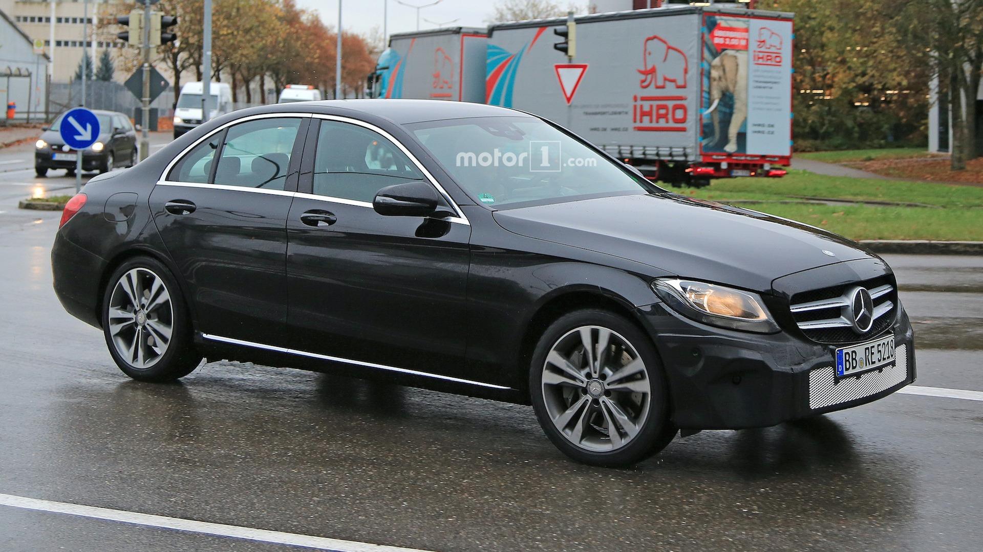 2018 mercedes benz c class freshens up in new spy shots for Mercedes benz usa website
