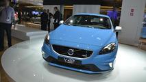 2013 Volvo V40 R-Design live in Paris 28.9.2012